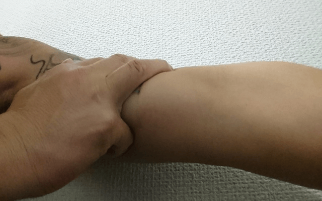 ドンキホーテタトゥー隠しシール7貼る方法